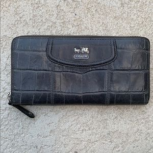 Coach large multi credit card zip around wallet
